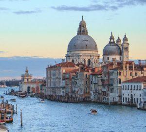 Auto huuren & huurauto in Venetië